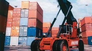 Déficit do setor cresce 54% em janeiro, puxado por importações